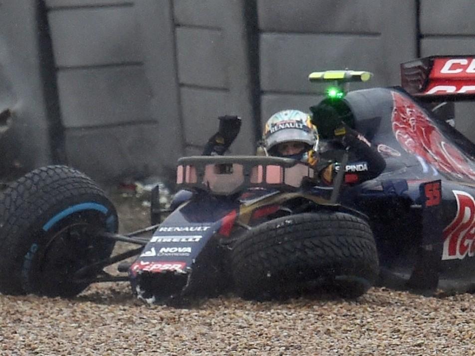 Carlos Sainz crashed in Q1