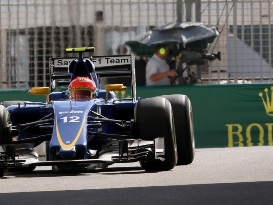 Nasr puts in the laps at the Yas Marina circuit