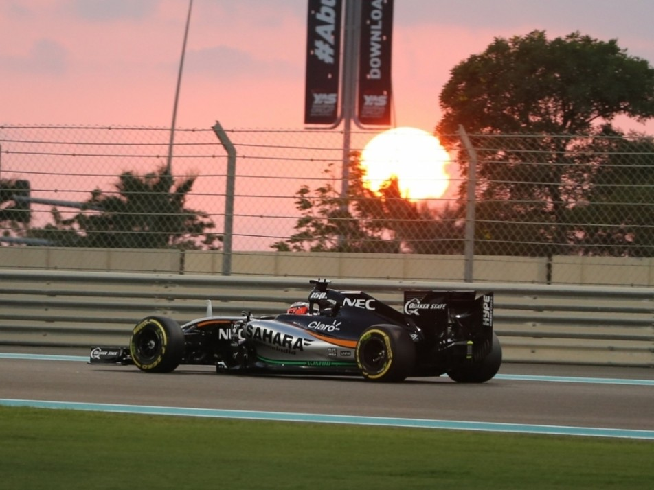 The sun begins to set over the Yas Marina circuit