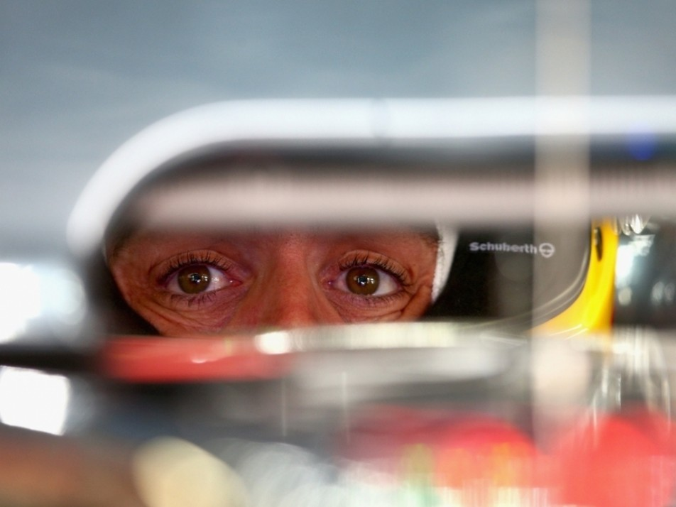 Alonso looks out at the world