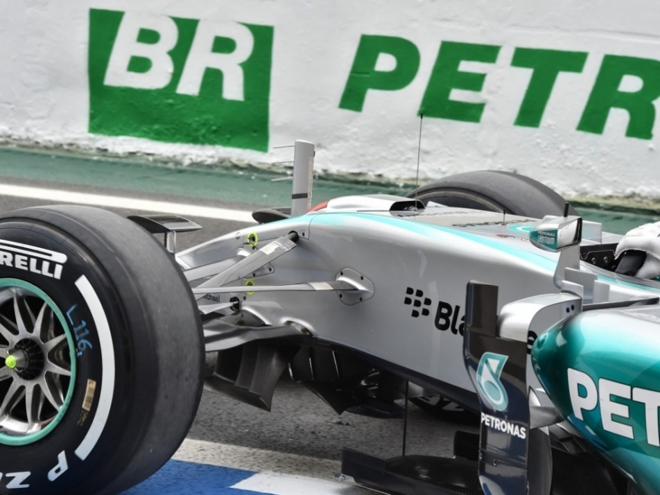 The new S-duct on the Mercedes W06
