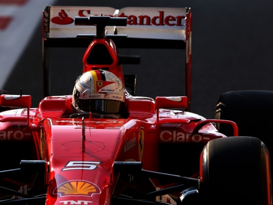 Vettel heads out on the super soft Pirellis
