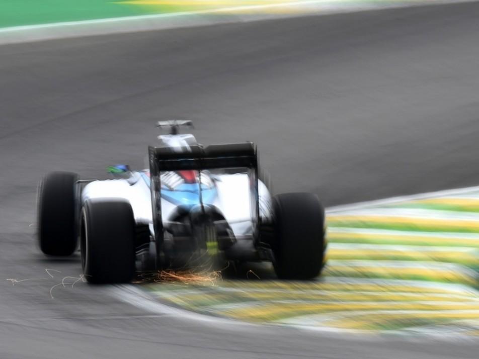Felipe Massa fighting the kerbs