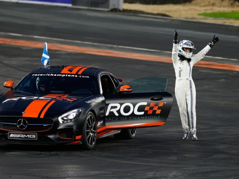 A wave goodbye from the retiring Susie Wolff