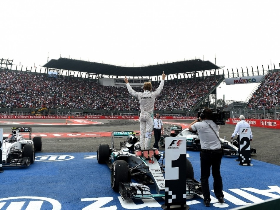 The Mexican GP crowd was epic as the race returned to the F1 calendar, Nico Rosberg won