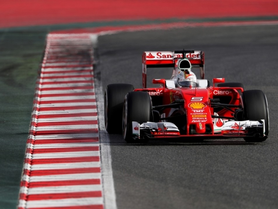 Vettel without the aero wings