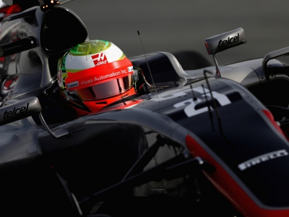 Gutierrez has his first run in the Haas