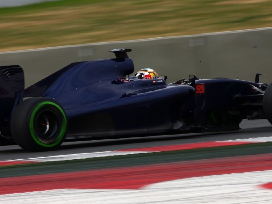 Side view of the Toro Rosso