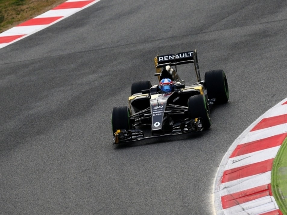 Palmer taking a corner in his 2016 Lotus car