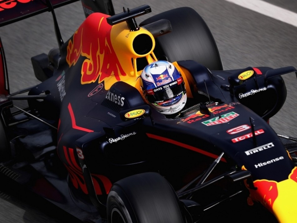 Ricciardo and his matte finished RB12