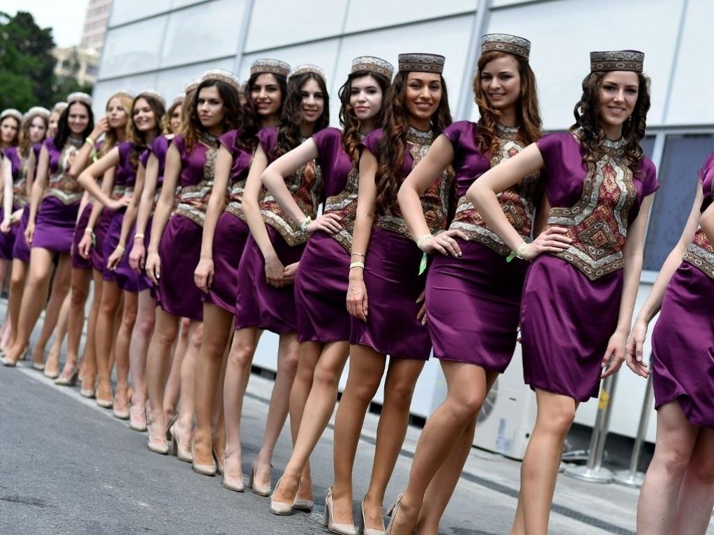 Baku babes